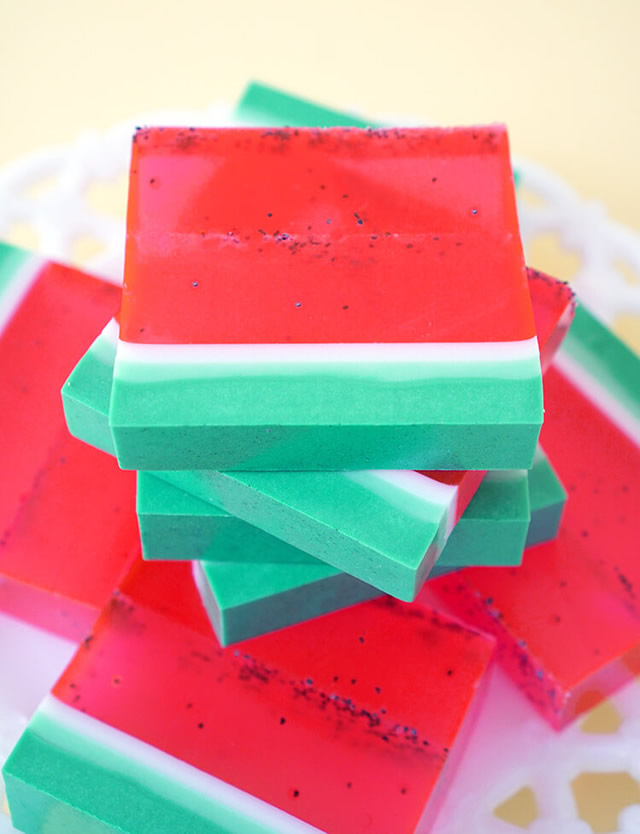 sabonete artesanal de melancia