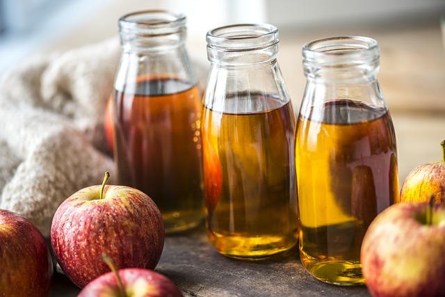 tônico para pele oleosa feito com maçã