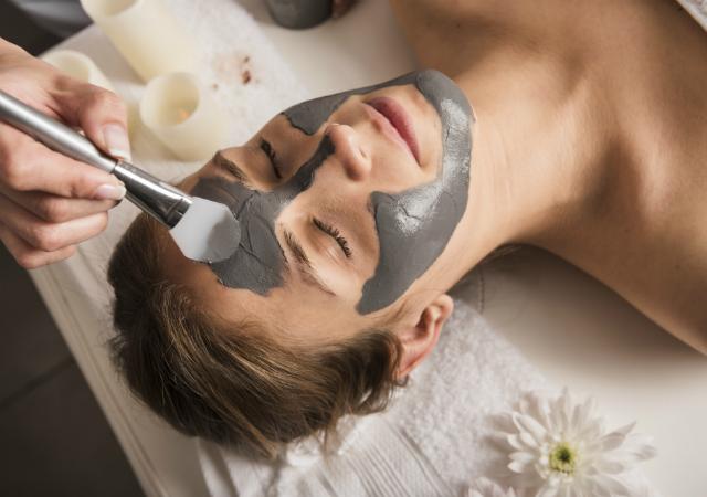 Máscara facial de argila
