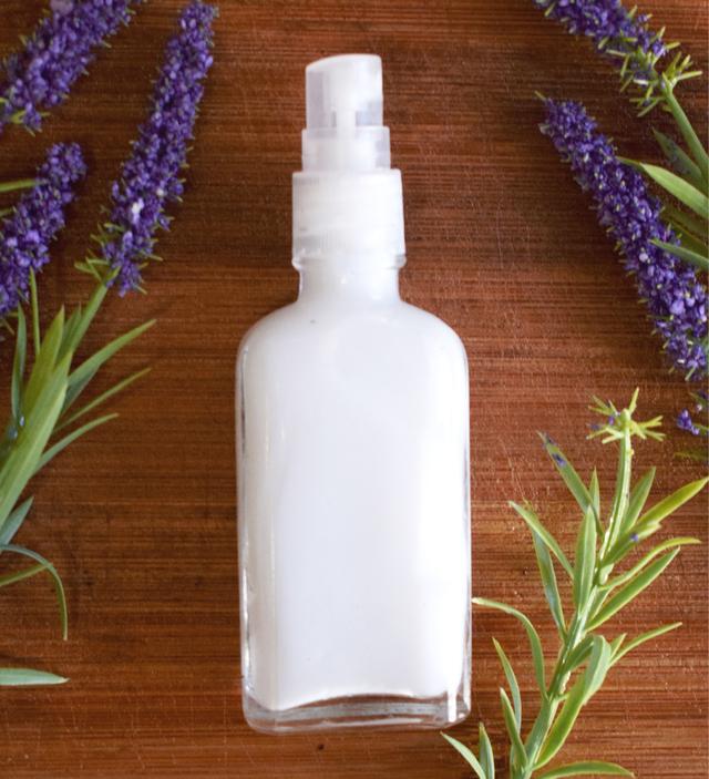 Embalagem spray com desodorante vegano
