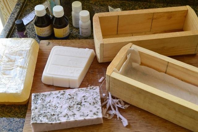 Forma de sabonete de madeira