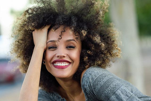Óleo de coco para cabelo crespo