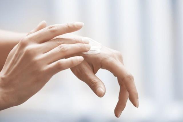 mãos ressecadas